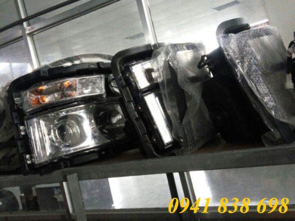 đèn pha xe shacman