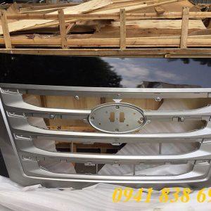 Mặt ga lăng xe tải Hyundai Xcient