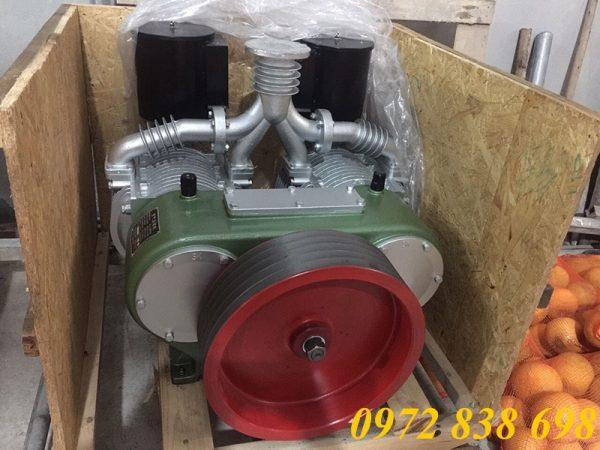 máy nén khí rơ mooc chở xi măng rời
